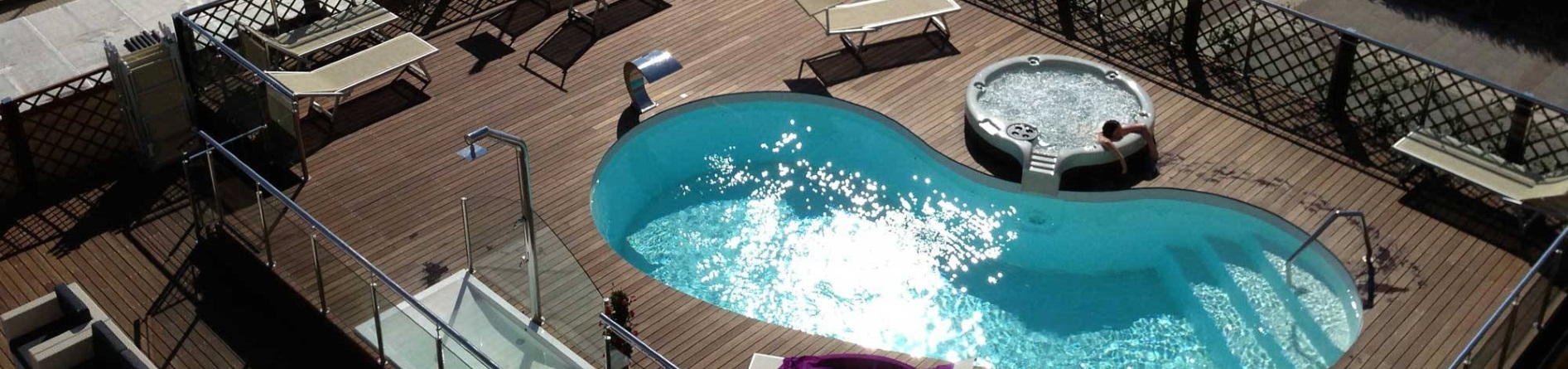Appartamenti con piscina a Viserbella di Rimini